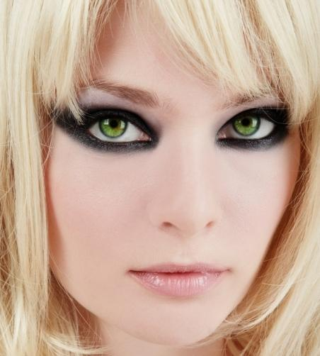 Помада для зеленых глаз