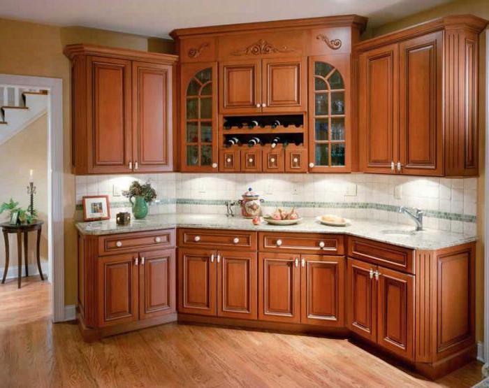 реставрация кухонных фасадов из массива лакированием