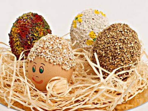 Поделки из киндер яиц.