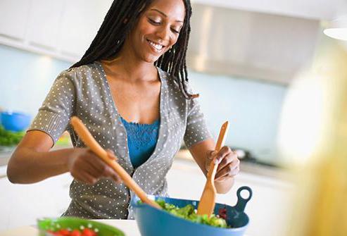 какие салаты можно кормящей маме рецепты