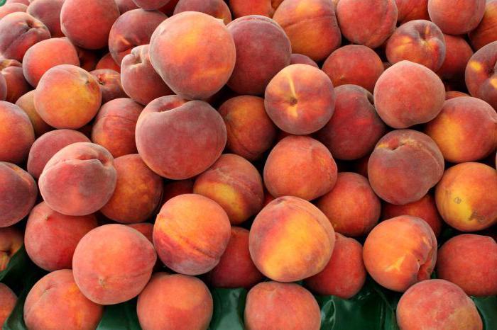 Какие витамины в персике и нектарине?