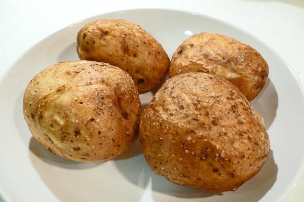печеный картофель в мундире в духовке