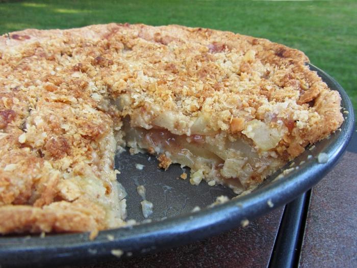 Как приготовить смачный яблоковый пирог без яичка?