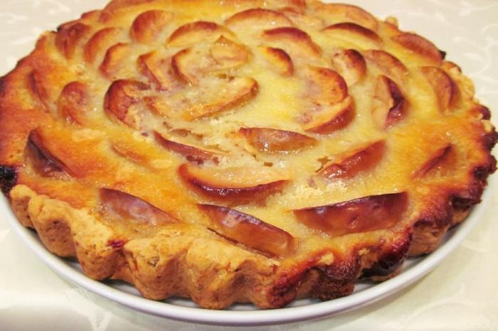 Вкусного пирога с яблоками в духовке