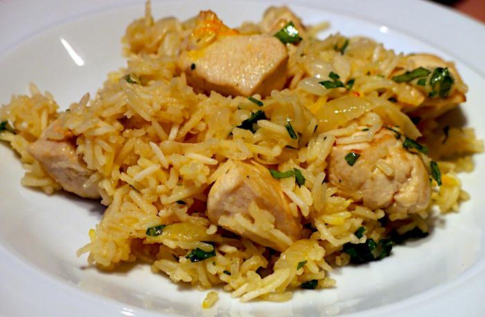 рис в горшочках с мясом