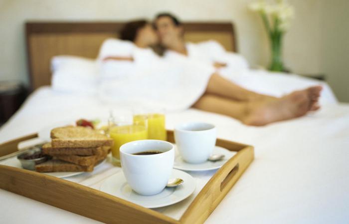 завтрак в постель для любимого