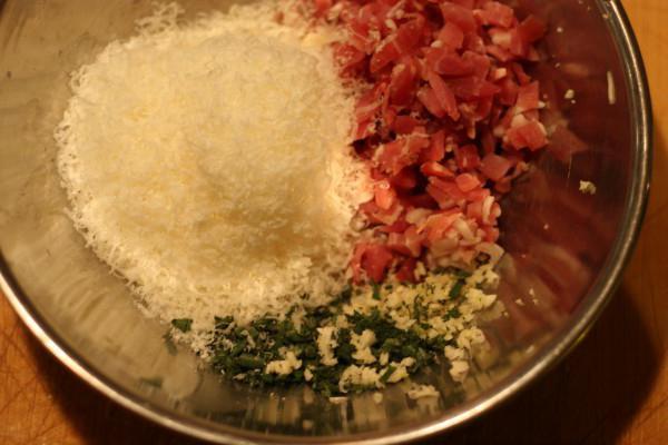 рецепт окорочков в духовке с грибами и сыром