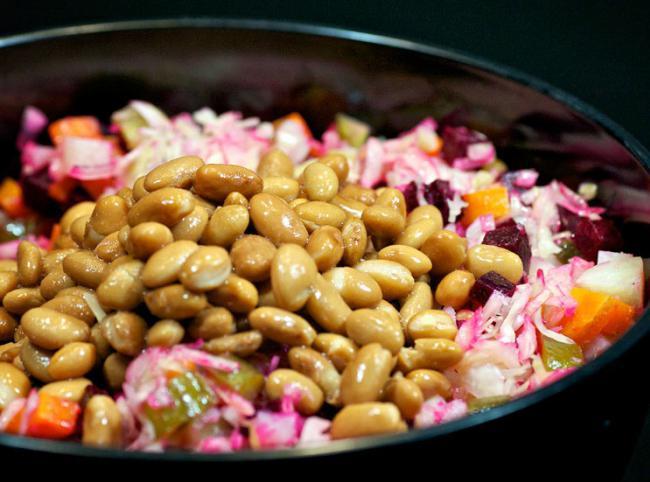 салат без мяса и колбасы