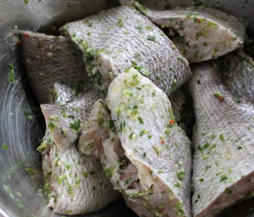 рыба на пару в мультиварке рецепт