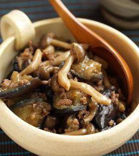 салат с фасолью и грибами на зиму