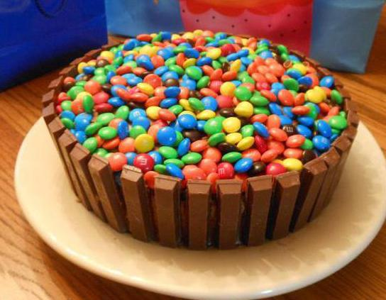 торт из шоколадок кит кат своими руками