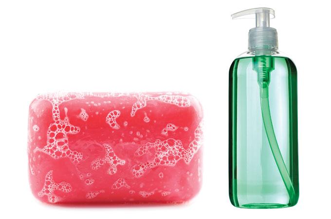 какое мыло лучше жидкое или твердое