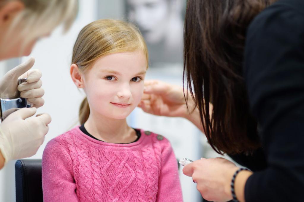 Со скольки лет можно делать пирсинг детям и подросткам