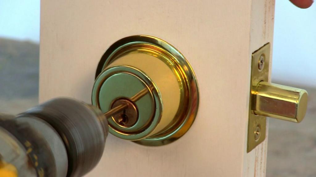 emergency lock opening service