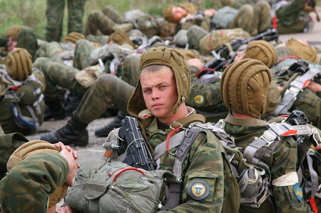 Письмо в армию брату: советы, о чем написать, интересные истории и хорошие примеры