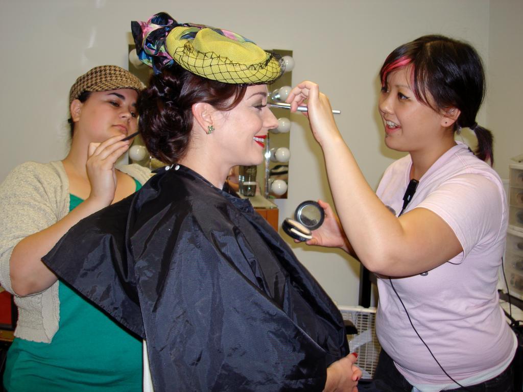 Что делают сначала: макияж или прическу? Вечерний макияж и прическа