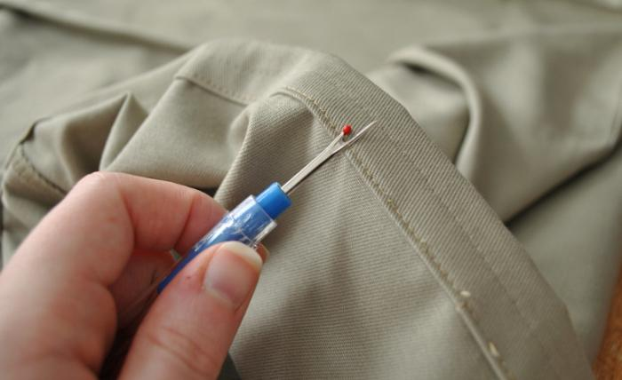 Учимся подшивать брюки правильно