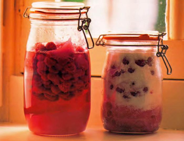 клюквенная настойка на водке в домашних условиях рецепт с фото пошагово