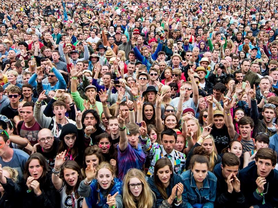 Толпа люди картинки