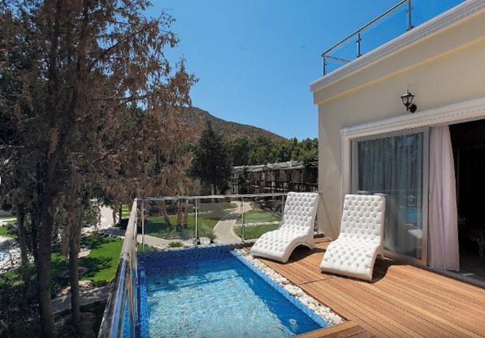 Camelot Boutique Beach Hotel (Турция, Эгейское побережье): описание отеля и фото