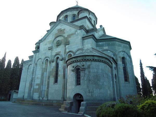 армянская церковь в москве график работы