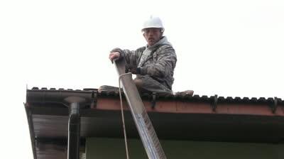 Монтаж отливов для крыши своими руками