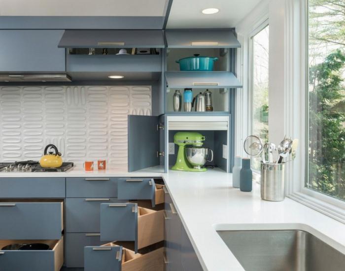 как правильно повесить кухонные шкафы без лишних мучений