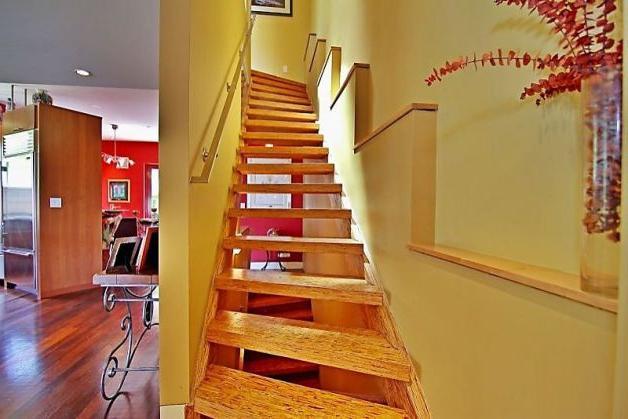 Дача как построить лестницу на второй