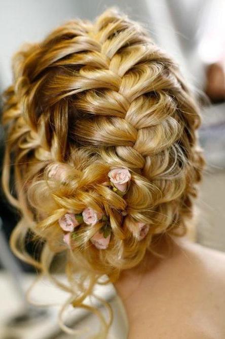 Прическа на средние волосы на свадьбу. Что выбрать