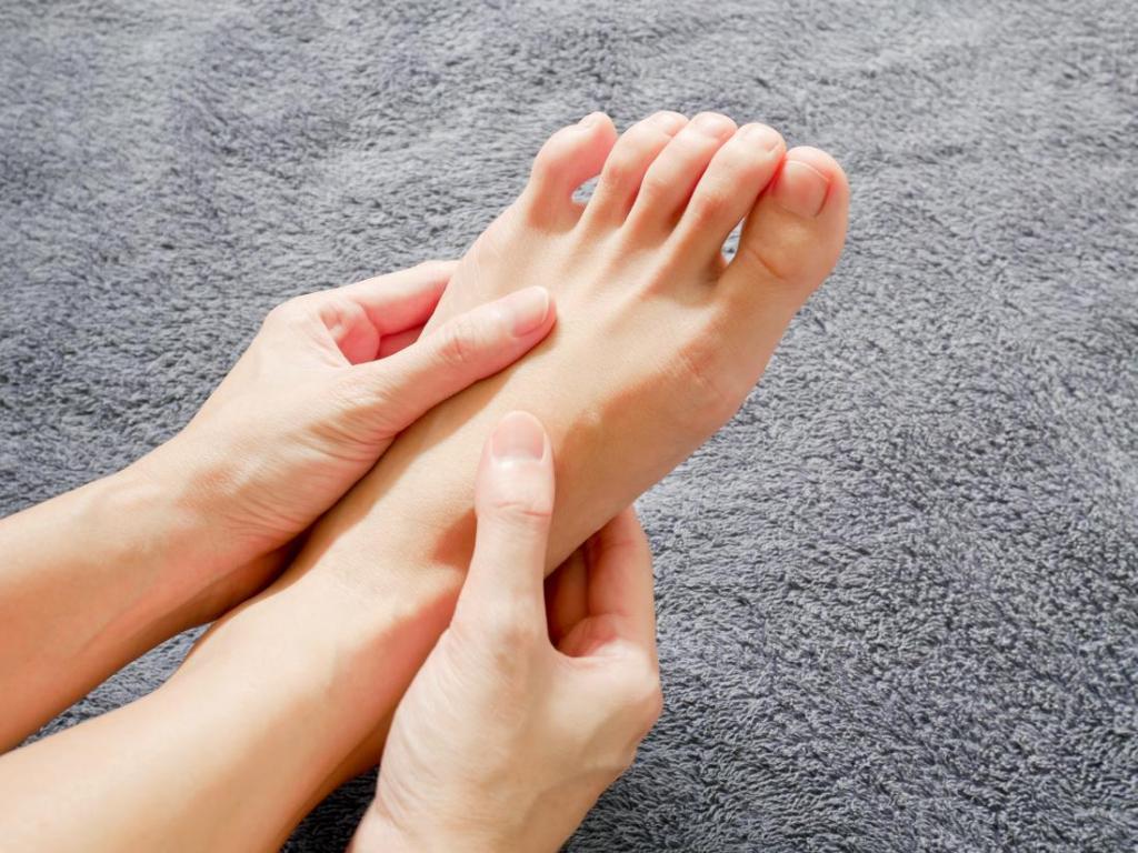 Слабость в ногах и головокружение