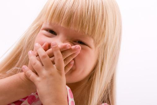 запах изо рта у детей по утрам