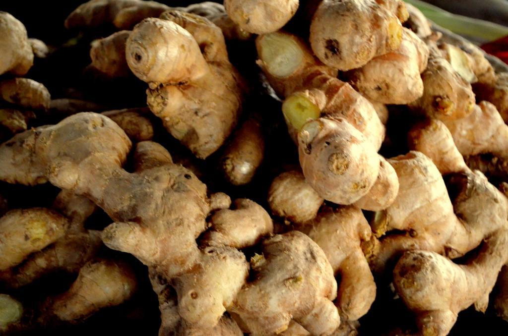 Peeling ginger