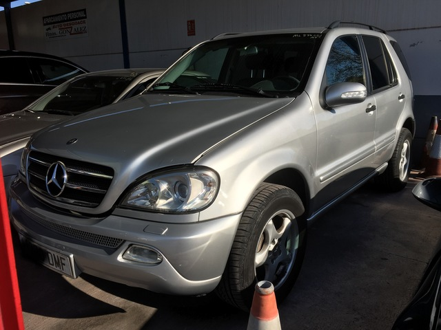 Mercedes Benz W163