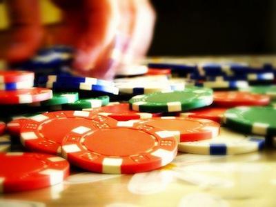 Флэш-рояль, каре, фулл хаус и другие покерные комбинации