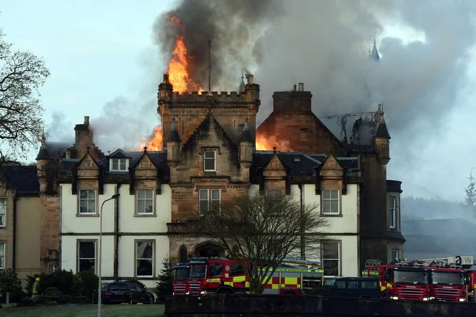 Пожар в отеле Кэмерон