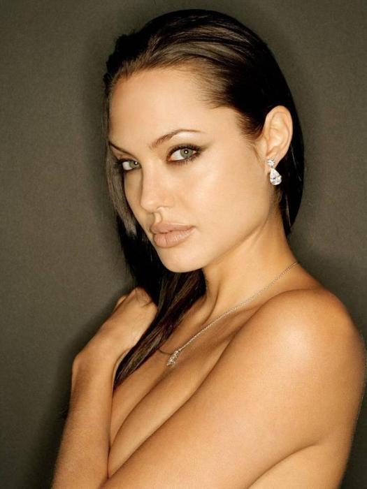 Как сделать макияж Анджелины Джоли