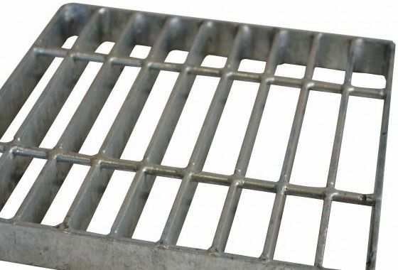 Grate for the furnace