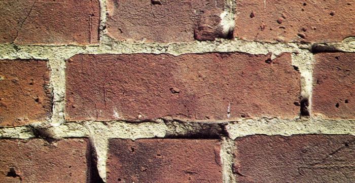 Что такое расшивка швов кладки из кирпича