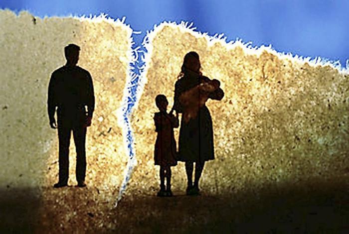 Кому остаются дети после развода