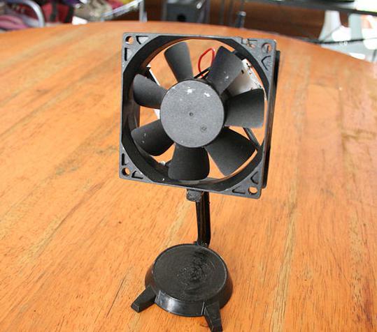 как сделать вентилятор из моторчика