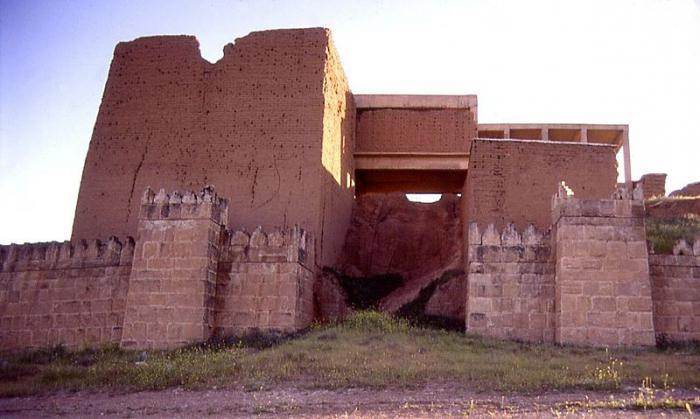 столица Ассирии город называли логовищем львов городом крови