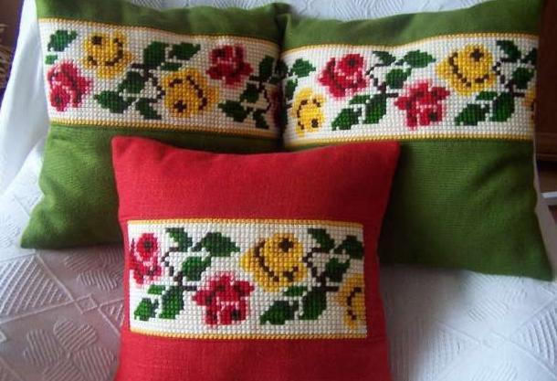 Вышивка крестом подушки: как ее выполнить?