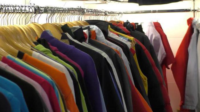 Wie Sie Ihre Kleidung wieder in Farbe bekommen