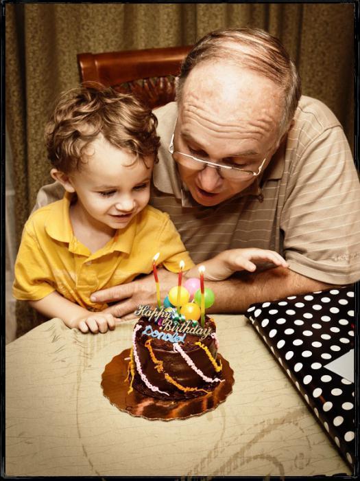какой подарок подарить дедушке