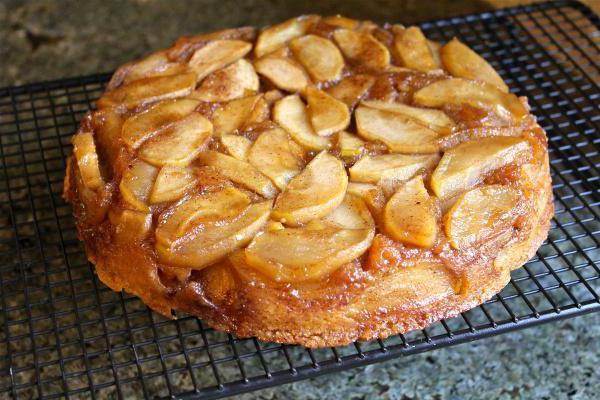 пирог с яблоками из сдобного теста