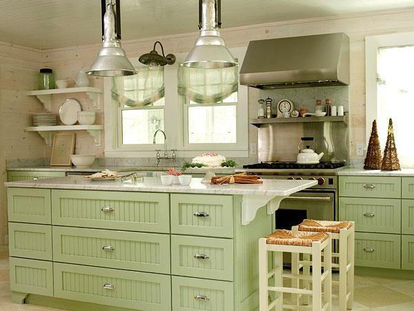 Салатовая кухня - весна в вашем доме