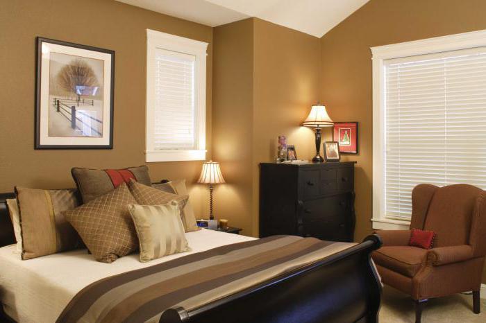 спальня в коричнево бежевых тонах
