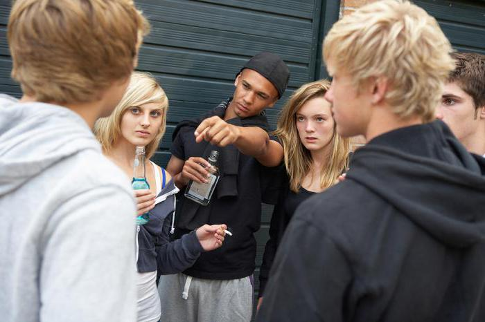 peer pressure among teenagers Teenagers ask questions about peer pressure, drinking, the effects of alcohol and drug use on the brain and more.