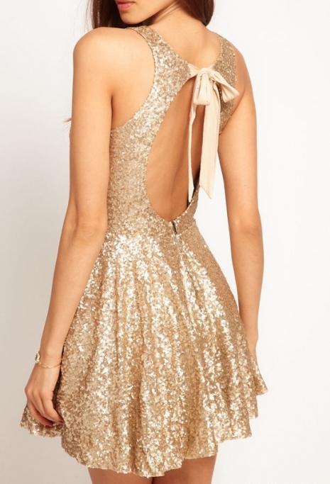 Платья золотые пески