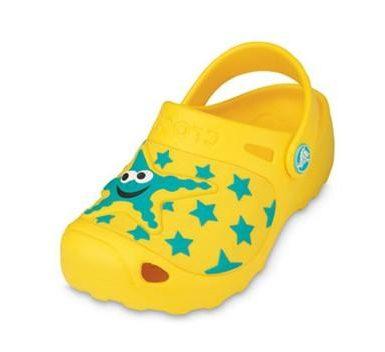 Современная детская пляжная обувь